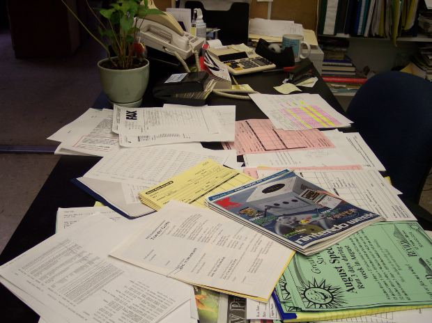 4 ways to get clutter out of your in-box and off your desk